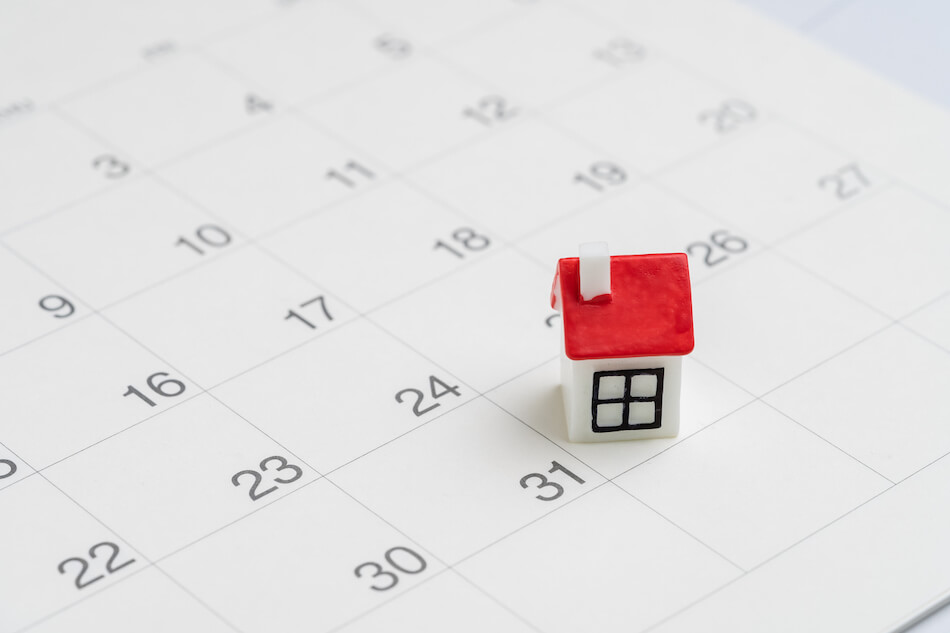 small house on calendar