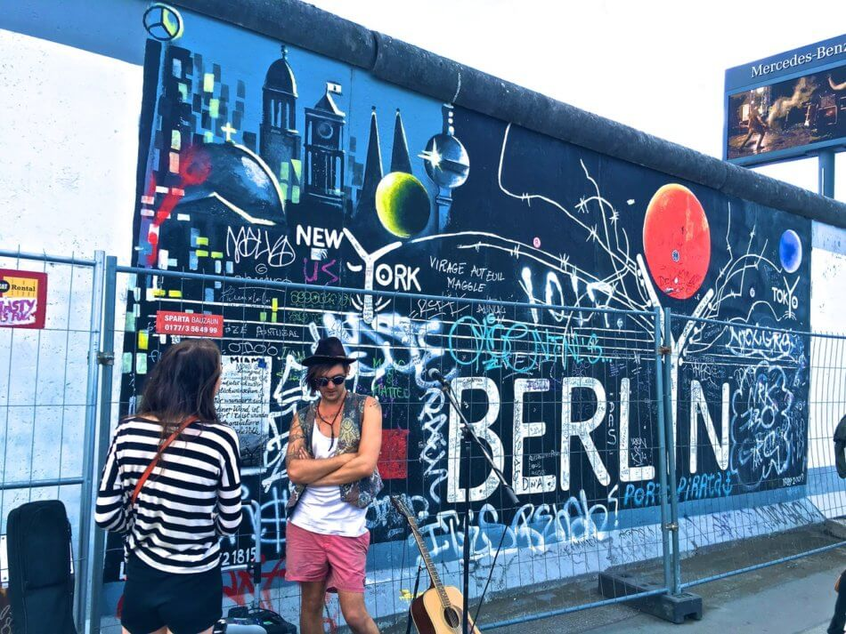 Berlin calls to expropriate apartments
